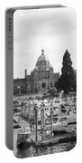 Victoria Harbour With Parliament Buildings - Black And White Portable Battery Charger