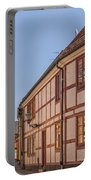 Ystad Crescent Street Portable Battery Charger
