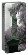 Ziba King Memorial Statue Side View Florida Usa Near Infrared Gr Portable Battery Charger