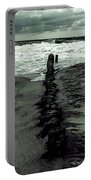Groyne Portable Battery Charger