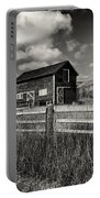Autumn Barn Black And White Portable Battery Charger