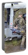 British Soldiers Help A Simulated Portable Battery Charger