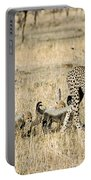 Cheetah Mother And Cubs Portable Battery Charger