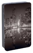Chicago River East Bw Portable Battery Charger