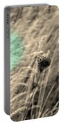 Close Up Breeze Portable Battery Charger