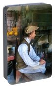 Colonial Man In Kitchen Portable Battery Charger