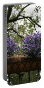 Fiori Viola Portable Battery Charger