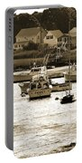 Green Harbor At Low Tide Portable Battery Charger