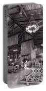 Lodge Starved Rock State Park Illinois Bw Portable Battery Charger
