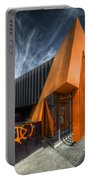 L'orange Facade Portable Battery Charger