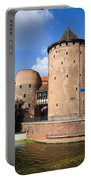 Stagiewna Gate Gothic Tower Portable Battery Charger