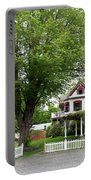 Wild Rose Inn Woodstock Portable Battery Charger