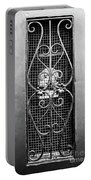 French Quarter Window To The Courtyard - Bw Portable Battery Charger