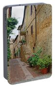 Pienza Street Portable Battery Charger
