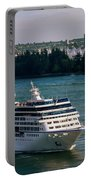 Cruise Ship 4 Portable Battery Charger