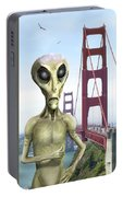 Alien Vacation - San Francisco Portable Battery Charger