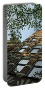 Amsterdam Spring - Fancy Brickwork Glow - Right Horizontal Portable Battery Charger