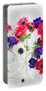 Anemone Flowers  Portable Battery Charger