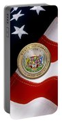 Hawaii State Seal Over U.s. Flag Portable Battery Charger