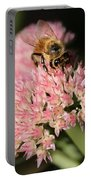 Bee On Flower 4 Portable Battery Charger