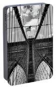Brooklyn Bridge Bw Portable Battery Charger