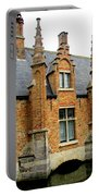 Bruges Sashuis 6 Portable Battery Charger