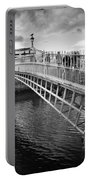 Busy Ha'penny Bridge 2 Bw Portable Battery Charger