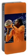 Chine Ogwumike Portable Battery Charger