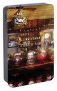 City - Ny 77 Water Street - The Candy Store Portable Battery Charger