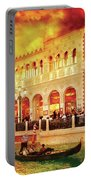 City - Vegas - Venetian - Life At The Palazzo Portable Battery Charger
