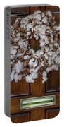 Cotton Wreath Portable Battery Charger