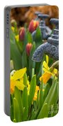 Daffodils 1 Portable Battery Charger
