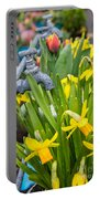 Daffodils 2 Portable Battery Charger