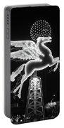 Dallas Pegasus Bw 121517 Portable Battery Charger