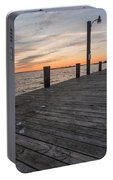 Days End Dock Portable Battery Charger
