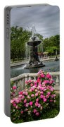 Detroit Zoo Fountain Portable Battery Charger
