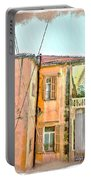 Do-00386 Old Building In Mar Mikhael Portable Battery Charger