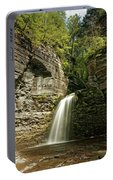 Eagle Cliff Falls Portable Battery Charger