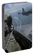 F-16 Fighting Falcons Flying Portable Battery Charger