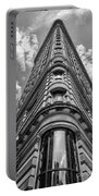 Flatiron Building  Nyc Black And White Portable Battery Charger