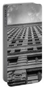 Flatiron Building Sky Black And White Portable Battery Charger