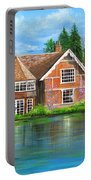 George Michaels Estate In Goring,england Portable Battery Charger
