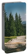 Gesia Szyja Way Up Portable Battery Charger