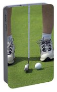 Golfing Lining Up The Putt Portable Battery Charger
