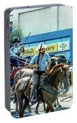 Goshen Parade 1980-3 Portable Battery Charger
