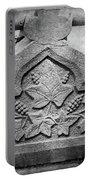 Grapevine Carving Portable Battery Charger