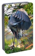 Grooming Blue Heron Portable Battery Charger