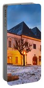 kremnica 'XI Portable Battery Charger