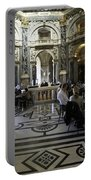 Kunsthistorische Museum Cafe Portable Battery Charger