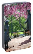 Lincoln-bedell Statue Westfield  Portable Battery Charger